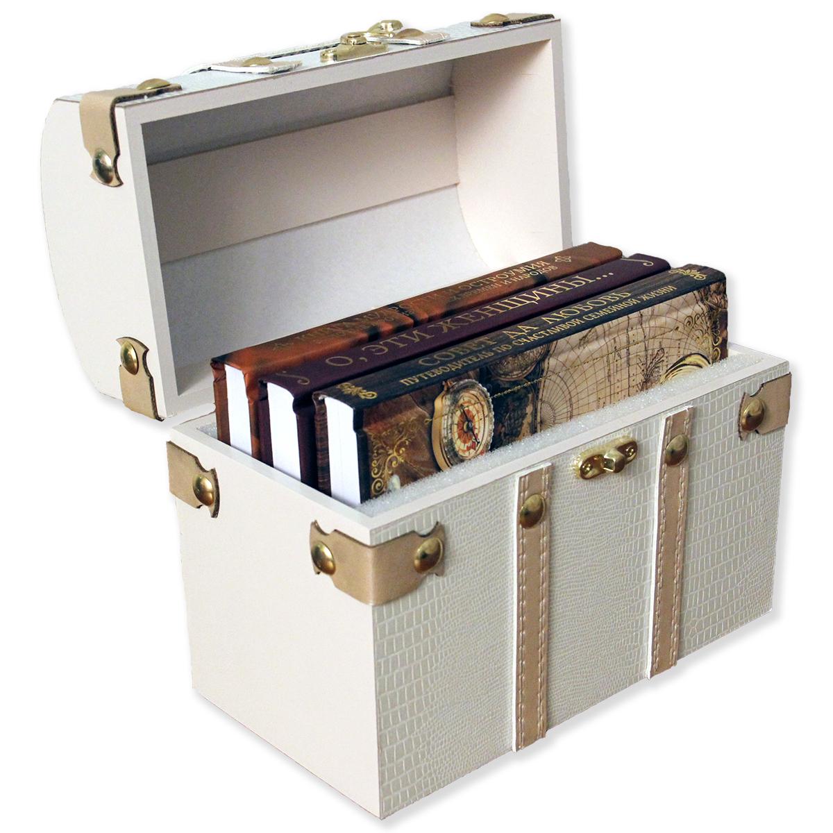 """ЛС-01С """"Ларец с семейными сокровищами""""-три книги афоризмов в стилиз.деревянном сундучке 200х110х160"""